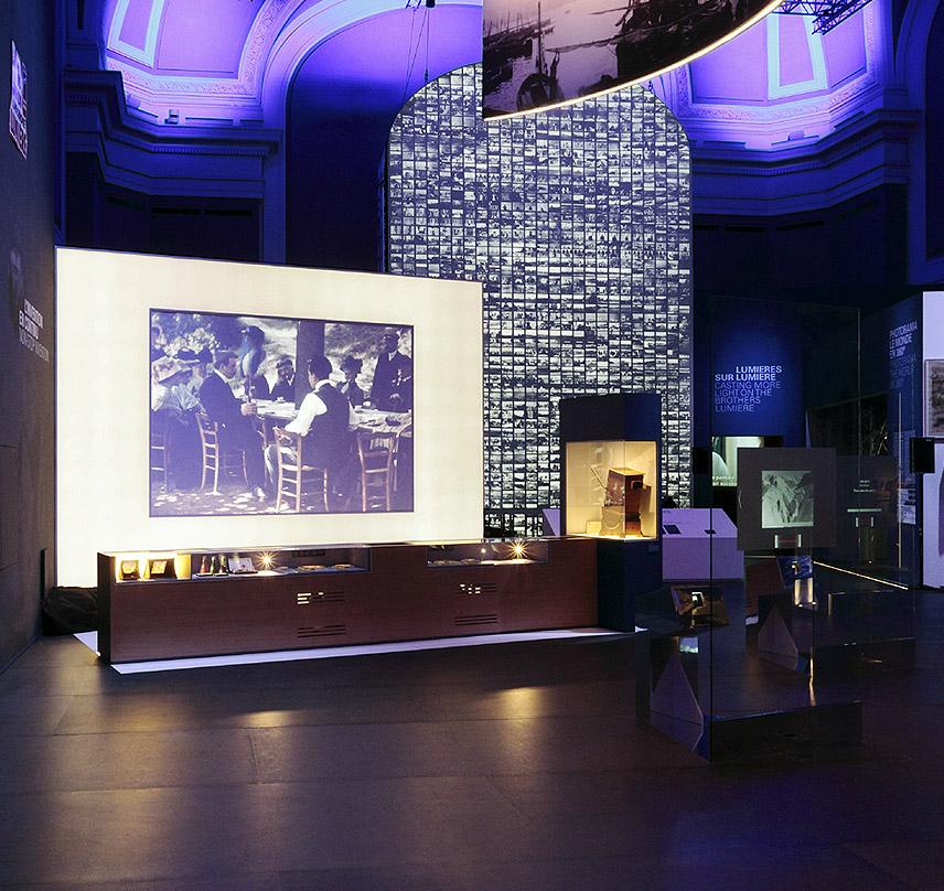 Exposition Lumière ! Le Cinéma Inventé au Musée des Confluences à Lyon