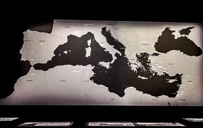 """Exposition """"Josef Koudelka - Ruines"""" à la bibliothèque François Mitterrand à Paris"""